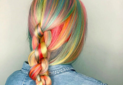 Тренд сезона: разноцветное окрашивание волос