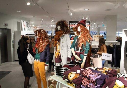 H&M призвал избавляться от ненужной одежды