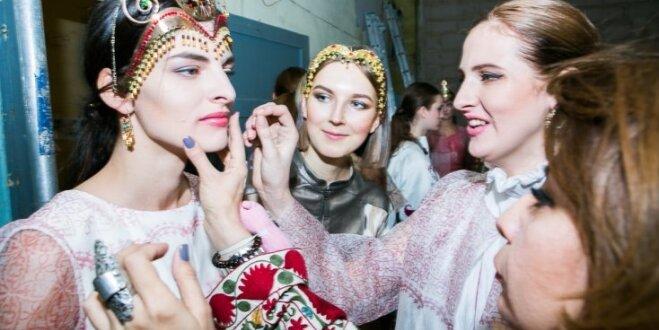 'Modes manifestācijas' pirmā diena: aizkulises un modeļu spilgtākie iznācieni