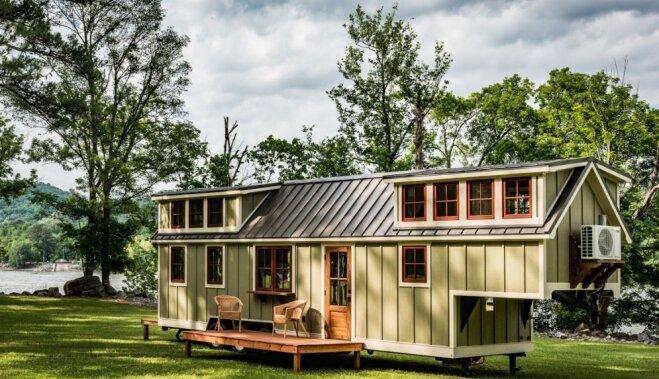 ФОТО. Функциональность до последней мелочи: миниатюрный жилой дом на колесах
