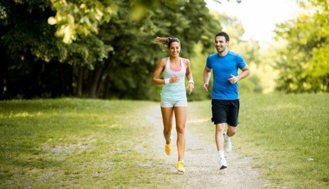 Все побежали, и я побежал. Что надо знать для занятий бегом: советы начинающим от латвийских тренеров