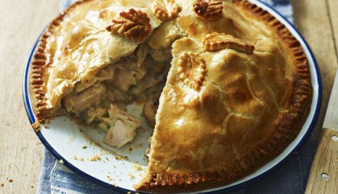 Вкусно и просто: грибной пирог с курицей