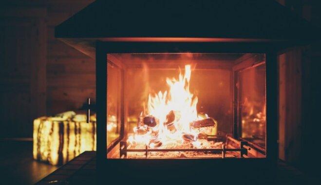 Dūmu pēdas un sodrēji: kā un kāpēc tīrīt kamīnu