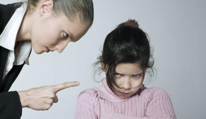 Не наказывать же родную дочку