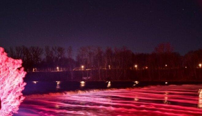 ФОТО. Самый широкий водопад в Европе Вентас румба подсветят в течение двух дней