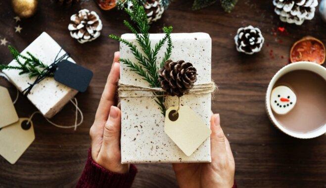 Kā punktiņš uz 'i' – iedvesmas un padomu vācelīte dāvanu saiņošanai
