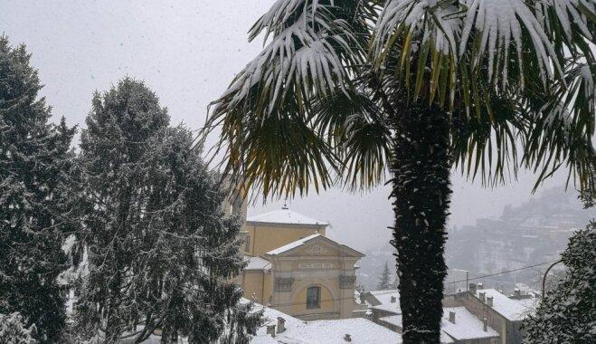 Sniegs palmās: Latvijas ceļotāju iecienītajā Bergamo marta pirmajā dienā uzsnidzis