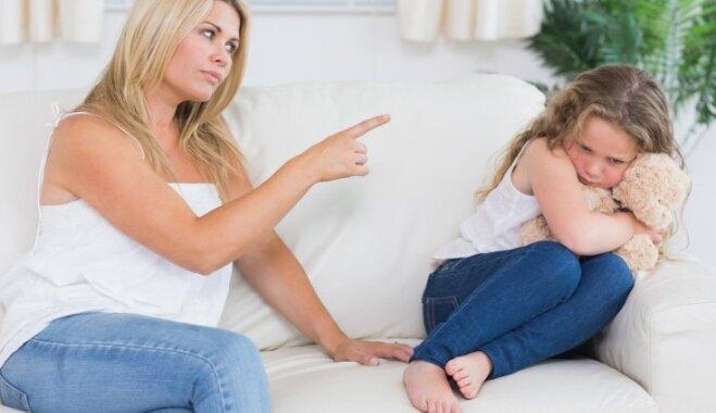 Отец жестко наказал дочь за плохие результаты в учебе сексом
