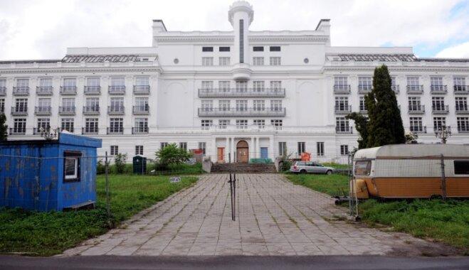 Atkal pārceļ Ķemeru viesnīcas atklāšanas laiku; pašlaik ēkā esot pabeigti remontdarbi