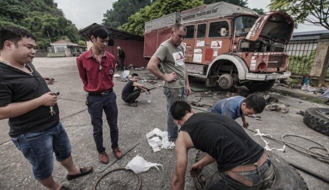 Latviešu 'ugunsdzēsējs' Vjetnamā: ar cīņu pret birokrātiju sākas ekspedīcija Lao Cai-Rīga