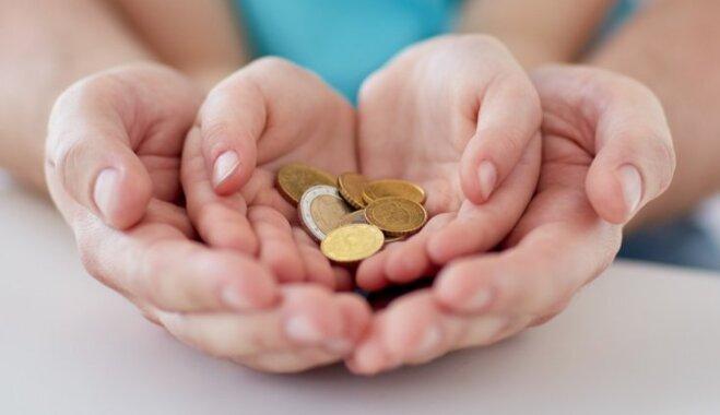 Mudina iepirkties labdarības tirdziņā, lai palīdzētu atveseļoties ar vēzi slimiem bērniem