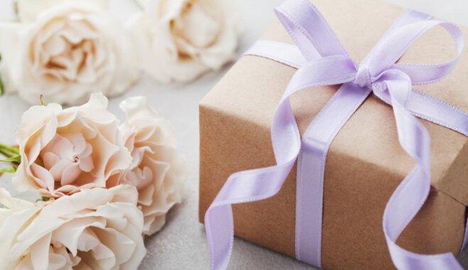 Galvassāpes kāzu viesiem: ko īpašajā dienā dāvināt jaunajam pārim