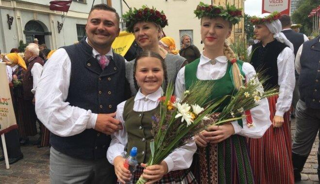 'Deja ir visa mana dzīve' – Iveta Lejava-Majore un viņas ģimene vienoti uz deju plača