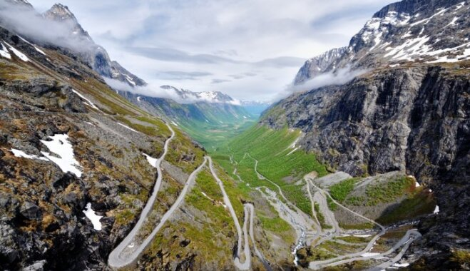 Kalniem bagātā un elpu aizraujošā Norvēģija: idejas ceļojuma maršrutiem un padomi