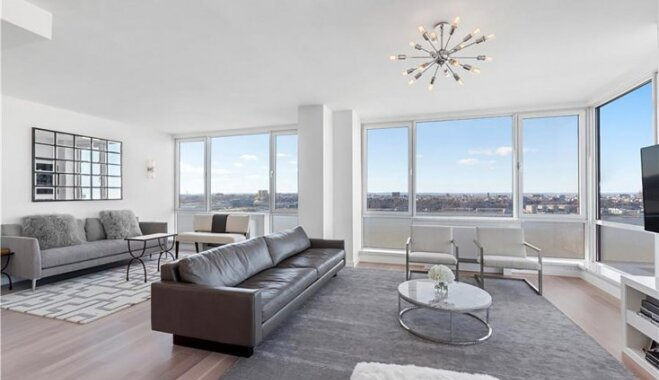 Foto: Otrs dārgākais dzīvoklis Ņujorkā, ko tirgo komplektā ar lidojumu kosmosā