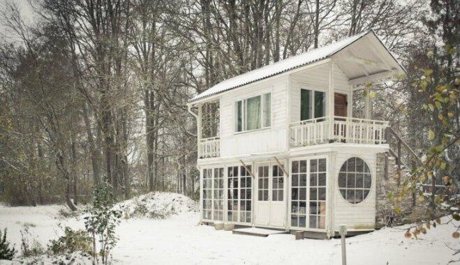 ФОТО. Миниатюрный, но очень романтический домик в эстонском лесу