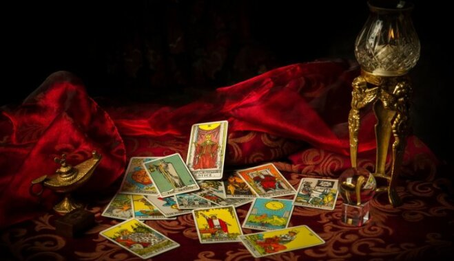 Лунный календарь таро гадание на картах таро на бракосочетание
