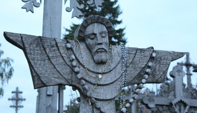 Seši interesanti fakti par Krustu kalnu Lietuvā