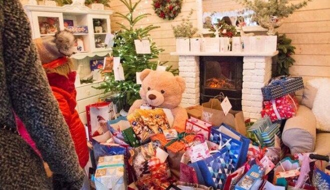 'Laimas' labdarības namiņā sarūpētas dāvanas 1600 bērniem