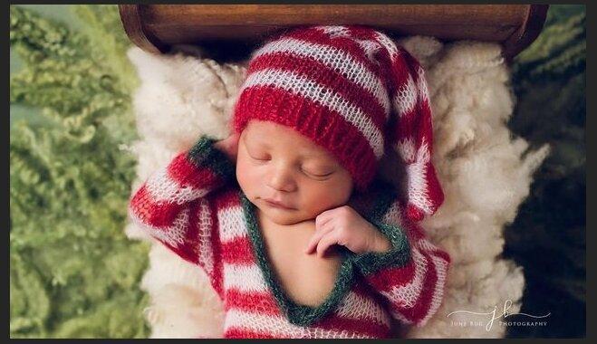 ФОТО: Снимки, греющие сердце – малыши, одетые в рождественские наряды