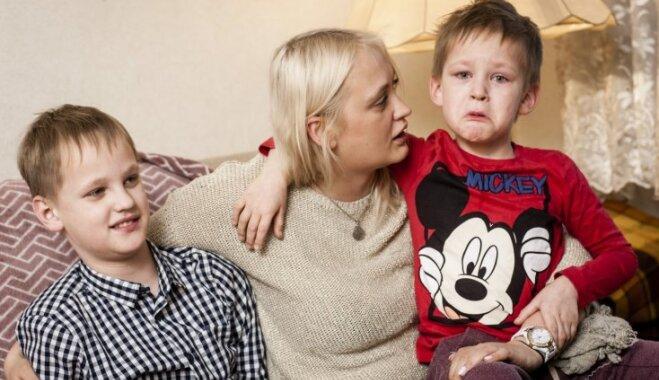 Diviem brāļiem ar autismu nepieciešams sabiedrības atbalsts terapijas nodrošināšanai