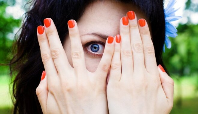 Глазные капли: 8 секретов их использования, о которых все молчат