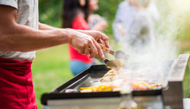 15 продуктов, которые можно готовить на гриле вместо любимых шашлыков