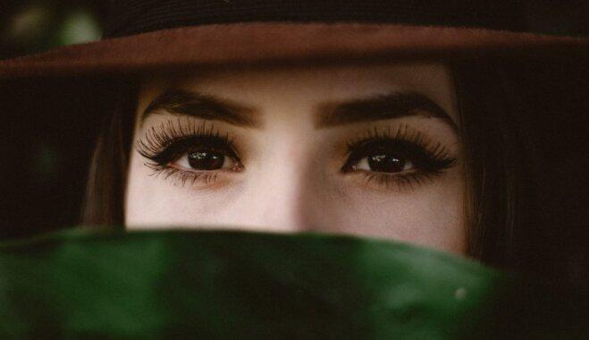 Закрываете ли вы глаза в сексе