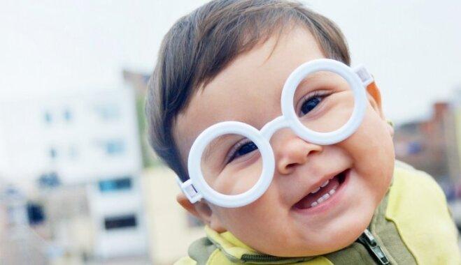 Simptomi, kas var norādīt uz bērna redzes pasliktināšanos