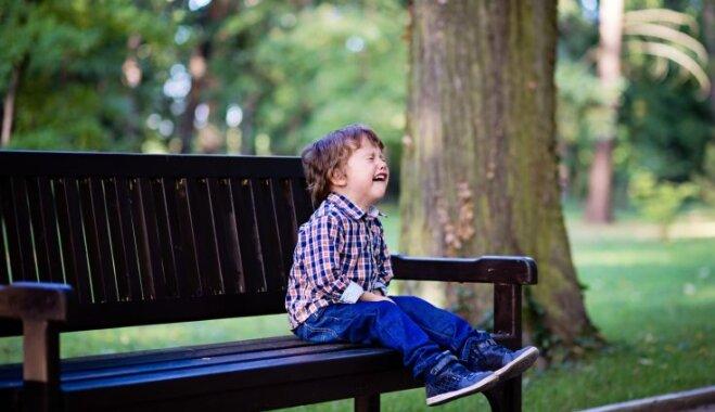 Kāpēc bērnam noteikti jāļauj raudāt