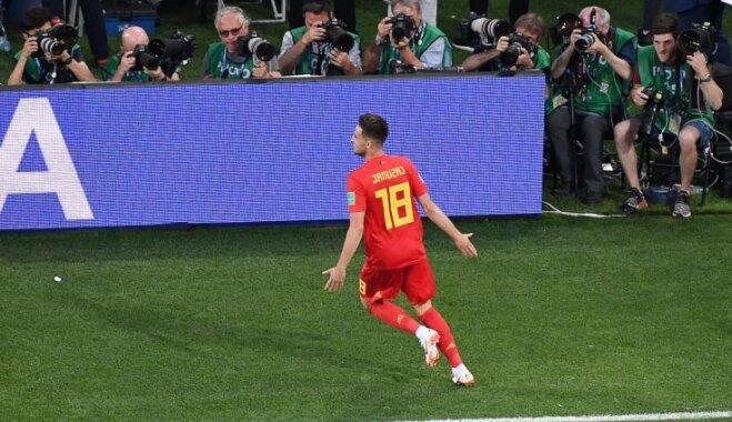 Beļģijas futbolisti cīņā par pirmo vietu apakšgrupā pārspēj Angliju