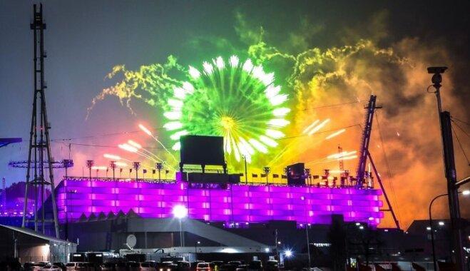 Ar miera un tehnoloģiju akcentiem krāšņi atklātas XXIII ziemas olimpiskās spēles
