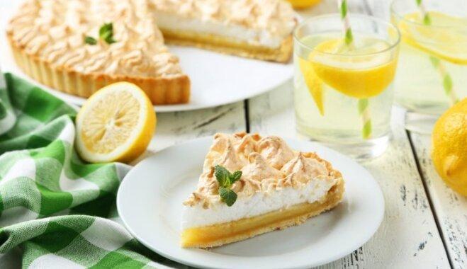 Lielas un mazas citronkūkas: 20 receptes pavasarīgi spirdzinošiem kārumiem