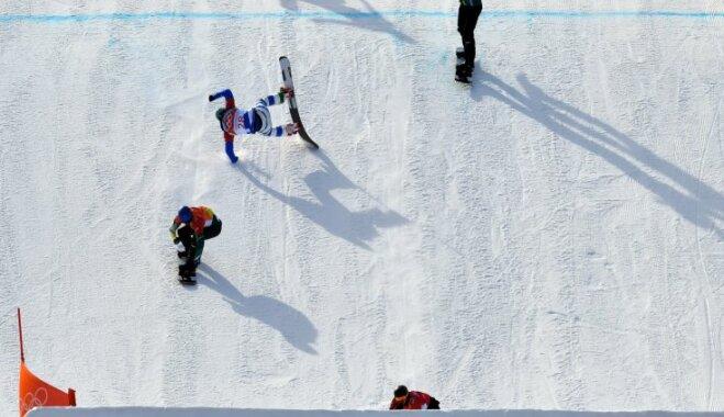 Российский сноубордист сломал ногу на соревнованиях в Пхенчхане