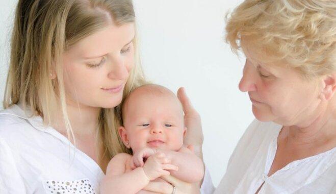 Astoņi vecmāmiņu padomi, kurus jaunajiem vecākiem labāk ignorēt