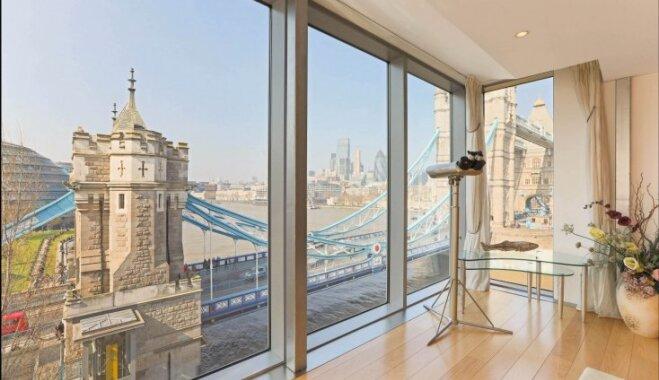 Uz Vecrīgas jumtiem un Temzu: 13 skaisti mājokļi ar iespaidīgiem skatiem aiz loga
