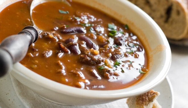 Čili un sarkano pupiņu zupa