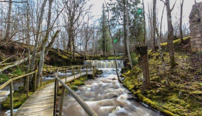 Pavasara ceļojuma stāsts: Ieriķu dzirnavu septiņi ūdenskritumi un dabas taka