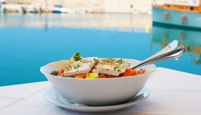 10 grieķu virtuves ēdieni, kas obligāti jānobauda atvaļinājuma laikā