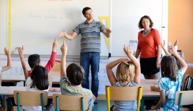 Pieci skolotāju tipi, kas kaitina gan bērnus, gan vecākus