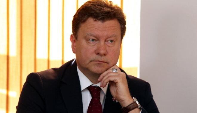 NA iebilst pret RD ierobežojumiem audzēkņu uzņemšanā valsts ģimnāzijās Rīgā