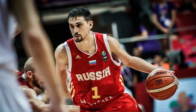Krievijas basketbolisti ar Šveda palīdzību apbēdina mājinieci Turciju