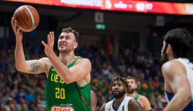 'Eurobasket 2017': luksusa viesnīcā pamatīgi apzagts Lietuvas basketbolists Motejūns