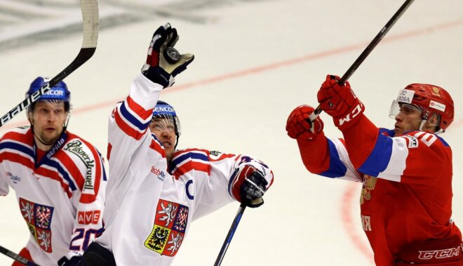 Russia vs Czech Euro Hockey Tour, Vladimir Tkacjov vs Jan Kovar and Petr Vrana