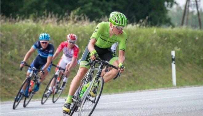 Skujiņš pirms olimpiskā starta saņēmis jaunu riteni un speciāli pielāgotu ķiveri