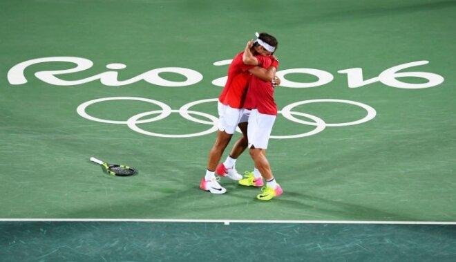 Nadals ar Lopesu izcīna Rio zelta medaļas tenisa dubultspēlēs