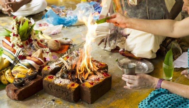 Vēdiskais ugunsrituāls: ko no tā principiem varam mācīties?