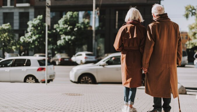 Ģērbšanās kļūdas, kas vecumam pieskaita liekus gadus