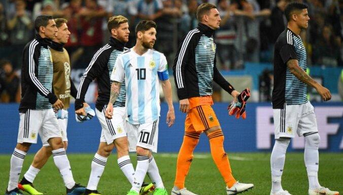 Футболисты сборной Аргентины проголосовали за отставку тренера после поражения от Хорватии