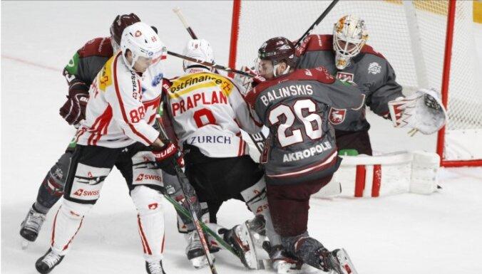 Сборная Латвии дважды проиграла швейцарцам перед домашним чемпионатом мира